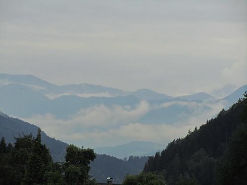 20110908 23 195 Jakobus Berg Wolken Wald