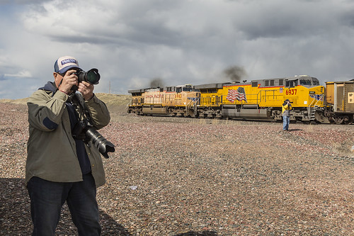 2019-05-10 1621 Photographers at Bill, WY