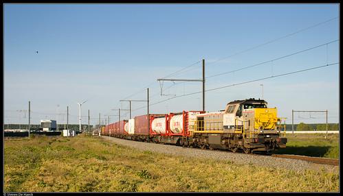 Lineas 7714 @ Zeebrugge Y Pelikaan
