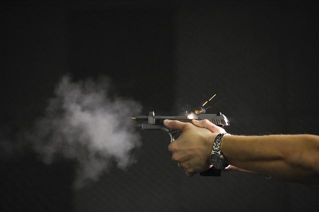 """""""Tais medidas terão um impacto negativo na violência – aumentando a quantidade de armas e munições que poderão abastecer criminosos"""" - Créditos: Senado Federal"""