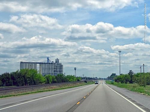 Westbound US-50 toward Walton, 2 May 2019