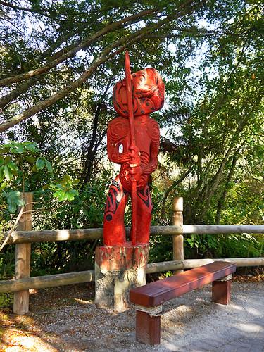 photo - Maori Statue & Bench, Te Puia Thermal Reserve, Rotorua