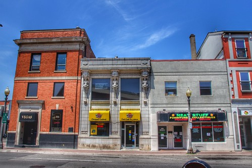 Brantford Ontario - Canada - Former Trust & Guarantee Co Ltd -