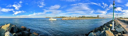 Tuncurry Breakwall & Entrance to Cape Hawke Harbour, Tuncurry - Forster, Mid North Coast, NSW