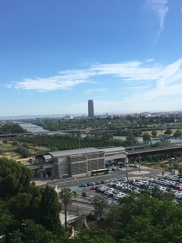 Mirador desde el Monumento de San Juan de Aznalfarache (Sevilla.).