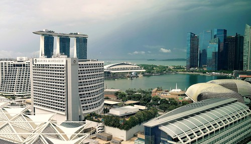 Singapore Skyline. Lumix DMC FZ1000. P10606584-P1060585.