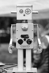 Robot - Photo of Seraincourt