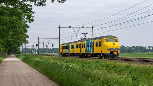 Griendtsveen Mat64 treinstel 904