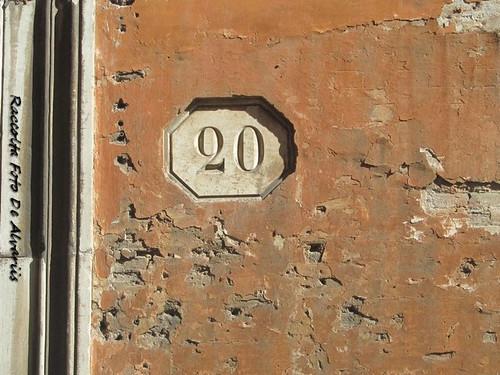2018 Palazzo Corsetti Podocatari Via Monserrato 20, facciata d