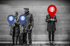 Facebook Tracking Red
