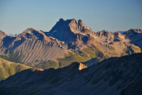 Piz Kesch (3418 m) in Graubünden, Switzerland
