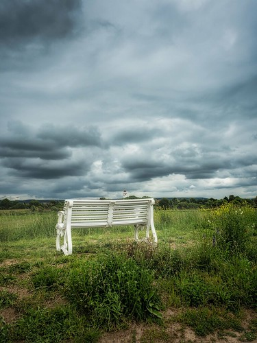 bench & clouds