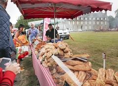 Rânes market day - Photo of Saint-Hilaire-de-Briouze