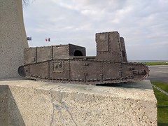 Tank Corps Memorial - Photo of Warlencourt-Eaucourt