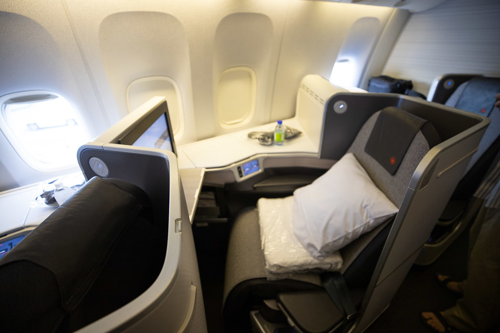 Seat 6K on Air Canada 777 Business class