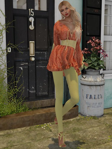 MISS SL ♛ Italy, Vocale - Second Photo Challenge