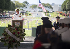 Chief of Naval Operations delivers remarks during the Mayor's Memorial Day Ceremony.