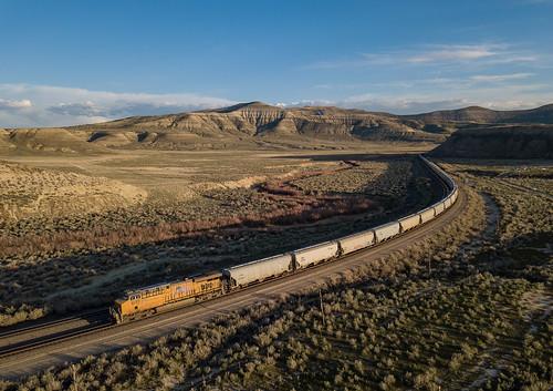UP 8157 (ES44AH) UP Train:GSJNOG-03 Kanda, Wyoming