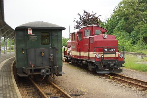 In Oschatz wird der Zug für die Rückfahrt nach Mügeln bereit gemacht