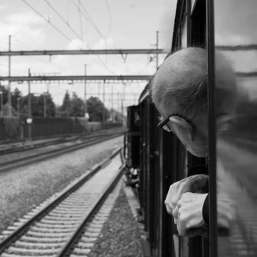 Riding the steam train: Observing (2/3)