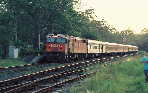 123-4A 1992-01-13 44239 on NL35 at Nambucca Heads