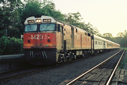 123-3A 1992-01-13 44239 on NL35 at Nambucca Heads