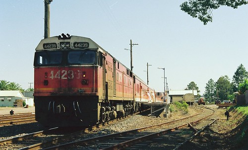 123-25A 1992-01-14 44239 on NL36 at Wauchope