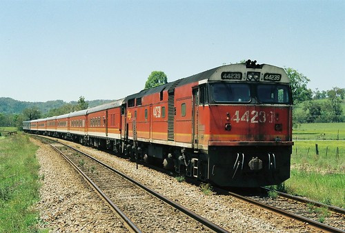 123-36A 1992-01-14 44239 on NL36 at Kilbride