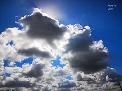 Cache-cache nuage-soleil - Photo of Le Douhet
