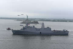 USS New York (LPD 21) departs New York Harbor at the conclusion of Fleet Week New York 2019.