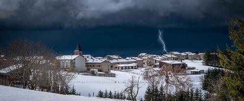 Le Bessat sous l'orage
