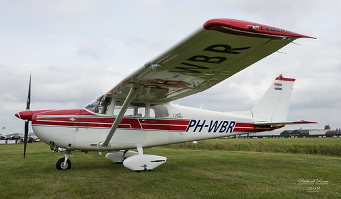 PH-WBR