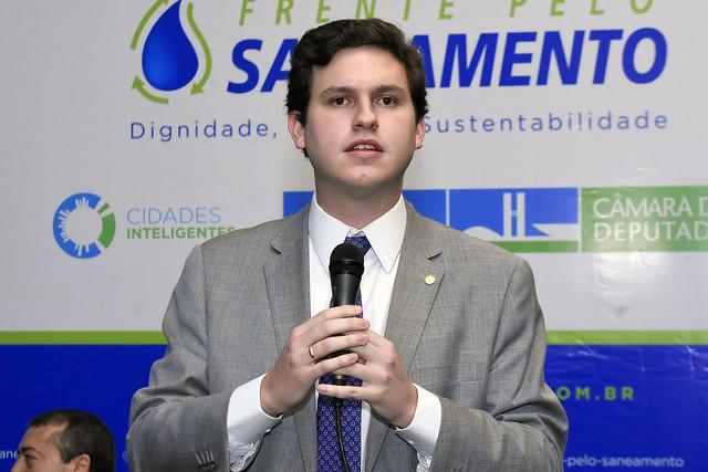 Enrico Misasi (PV-SP) é coordenador da Frente Parlamentar Mista em Defesa do Saneamento lançada nesta quarta-feira (30) - Créditos: Reila Maria | Câmara dos Deputados