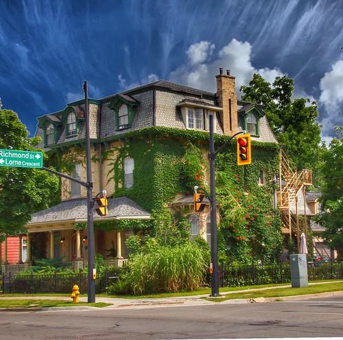 Brantford  Ontario - Canada - Heritage Conservation District  -  Architecture  - Mansard