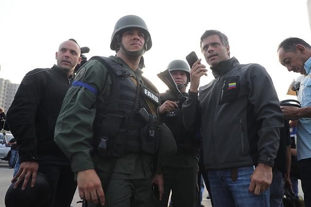 Por dentro da tentativa do golpe fracassado de 30 de abril contra Maduro