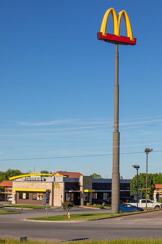 McDonald's and its taller sign