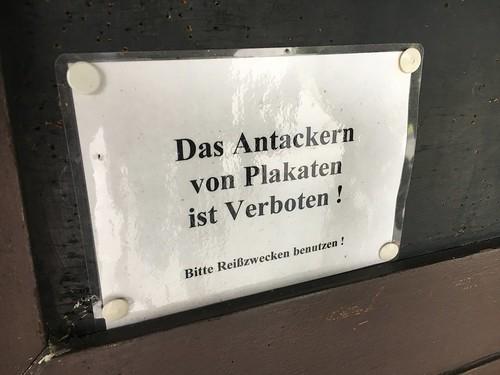Das Antackern von Plakaten ist Verboten!