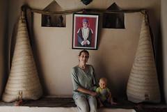 Pod portretem sułtana Qaboosa