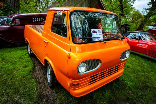 2019-151/365 1966 Ford Econoline
