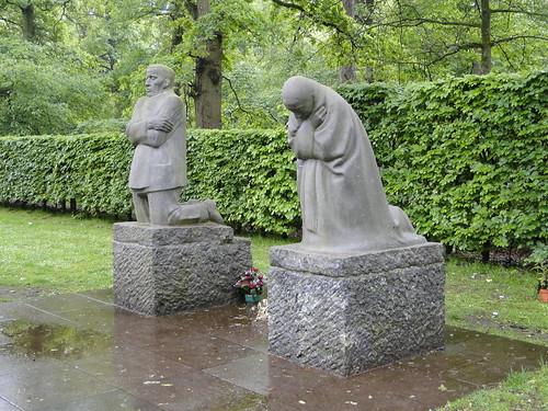 Käthe Kollwitz' statues in Vladslo