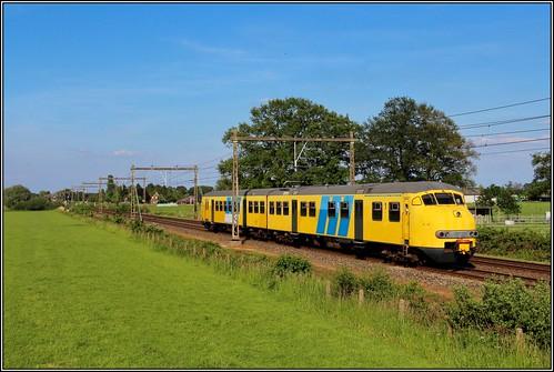 Stichting Mat 64 treinstel 904 - Teuge 1-6