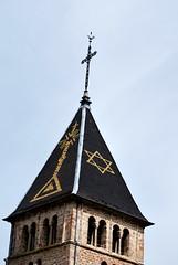 Ouroux (69) : clocher de l'église Saint-Antoine