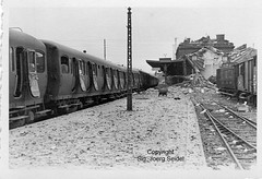 F-59500 Douai (59) Gare SNCF Voiture Express Nord Type C11yfi im Mai 1940 - Photo of Lallaing