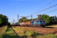 Traxx Lineas sur le 489127 Anvers - Sibelin