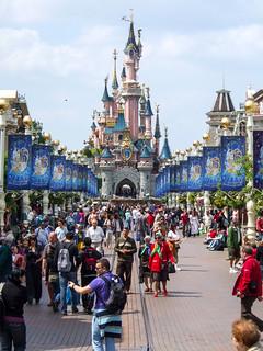 Photo 3 of 10 in the Disneyland Paris - Disneyland Park gallery