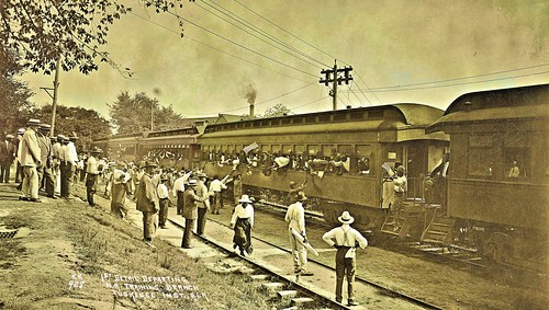 Departure of first detail from Tuskegee Inst. undated NARA111-SC-58836
