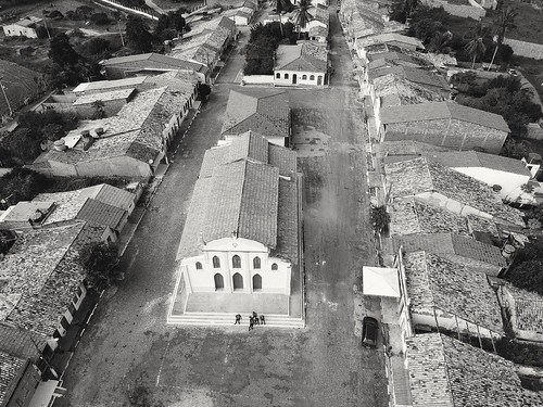 Máquina do tempo #dronephotography #djispark #drone #DroneDJI #DroneBahia #aerial_view #aerialview #viewfromthetop #dji  #drones #dronelife #droneworld #droneshot #aerialphotography