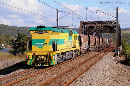 IMG_1867 CEY001 CEY007 train CEY003 Cockle Creek NW453 3.6.19_1