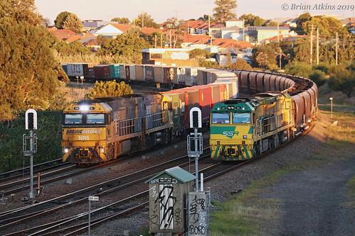 IMG_1916 NR6 NR49 2SB1 -  CEY001 CEY007 Train CEY003 NW454 Warabrook  3.6.19_1