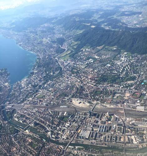 Flug über Zürich